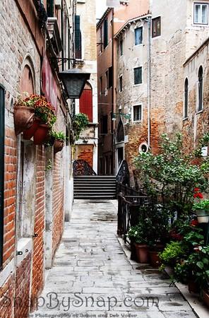 Quiet Venice Alley