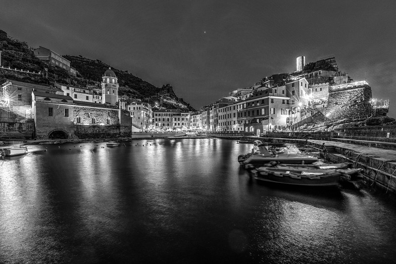 italy-cinque-terre-vernazza-twilight-blue-light-1-1-HDR-Edit-2