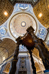 Main alter (over St. Peter's tomb), sculpted by Bernini St. Peter's Basilica Vatican City, Italy