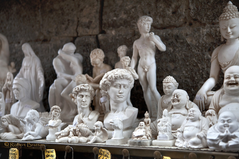 Small Statues for Sale in San Gimignano