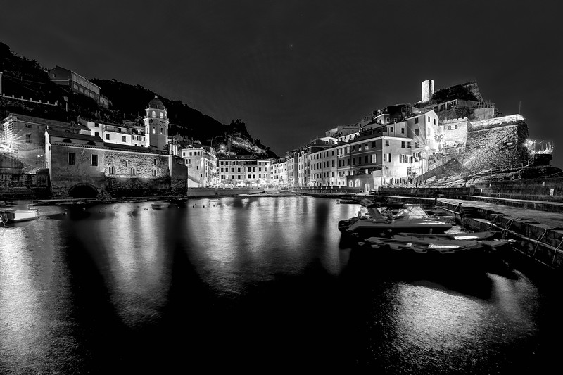italy-cinque-terre-vernazza-twilight-blue-light-1-1-HDR-Edit