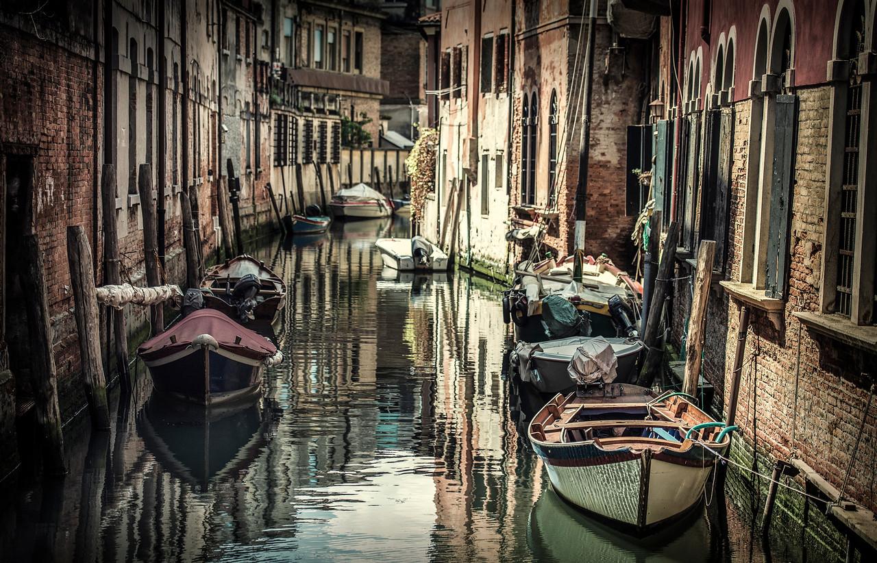 parallel parking | venezia