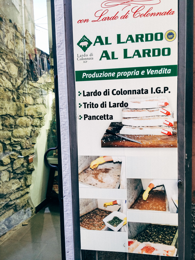 Learn how to get to Colonnata, the home of Carrera marble but also Lardo di Colonnata the most famous lardo in the world.