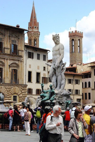 Neptune doing some people-watching in Piazza della Signoria, Florence.