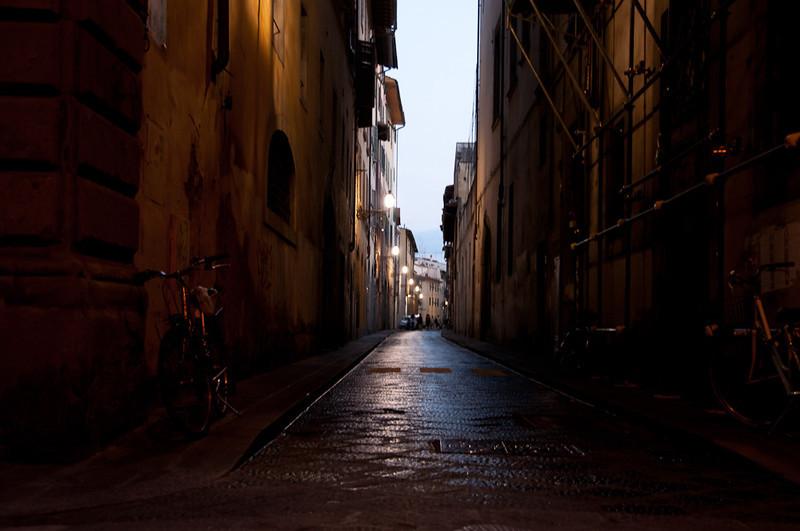 Florence-Old side-dusk.