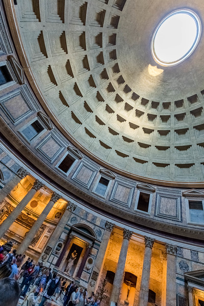 italy-rome-pantheon-2-4-HDR-2