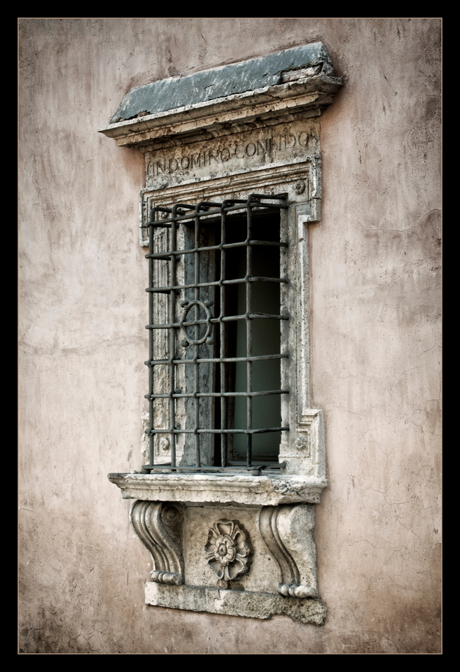 Assisi Window