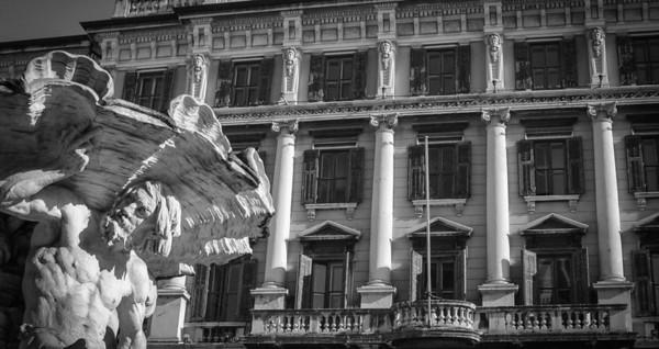 Trieste: Triton Fountain, Piazza Vittorio Veneto