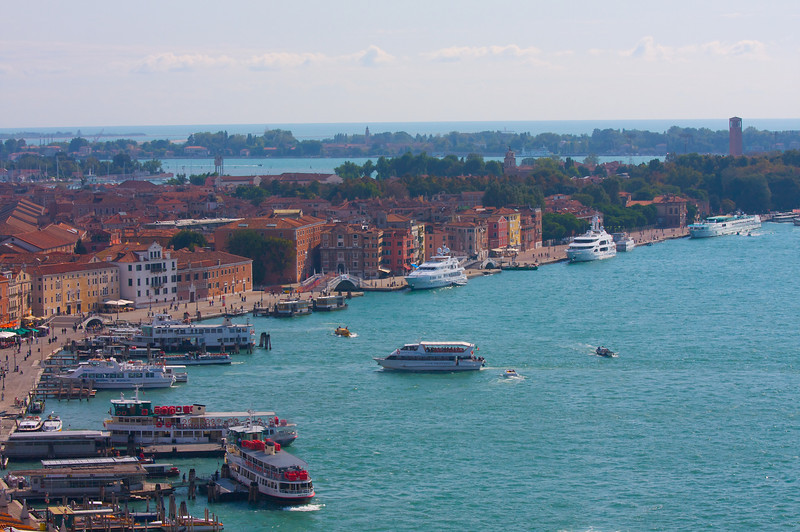 one of the Vaporeto Stops, Venezia