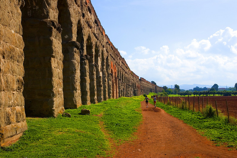 Aqueduct to Rome