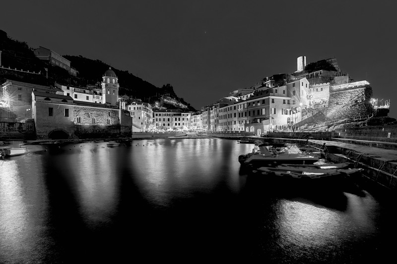 italy-cinque-terre-vernazza-twilight-blue-light-1-1-HDR-2