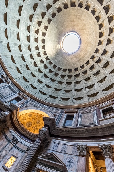 italy-rome-pantheon-3-7-HDR