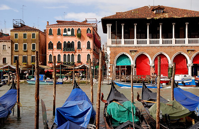 Marketplace in Venice just prior to opening for the day