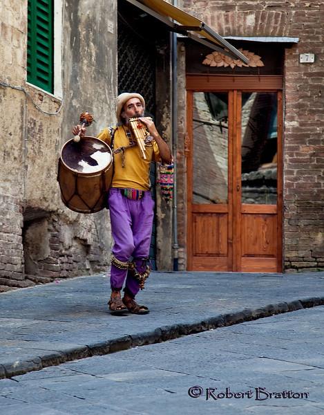 Street Entertainer in Siena
