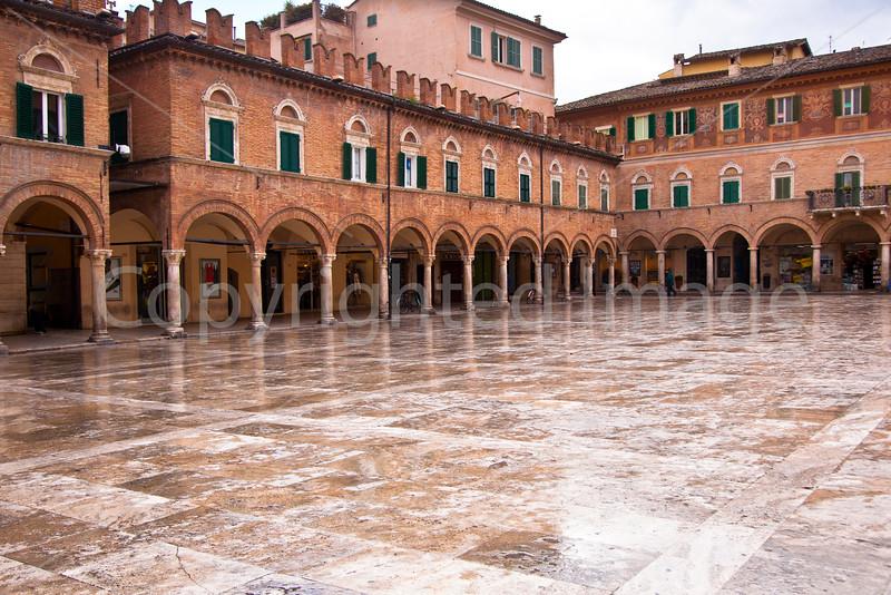 Piazza del Popolo in Ascoli Piceno