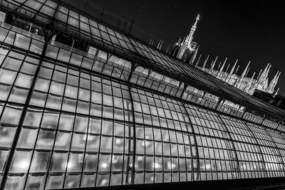 italy-milan-galleria-vittoria-emanuele-ii-duomo-di-milano-roof-twiight-1-1-HDR-Edit
