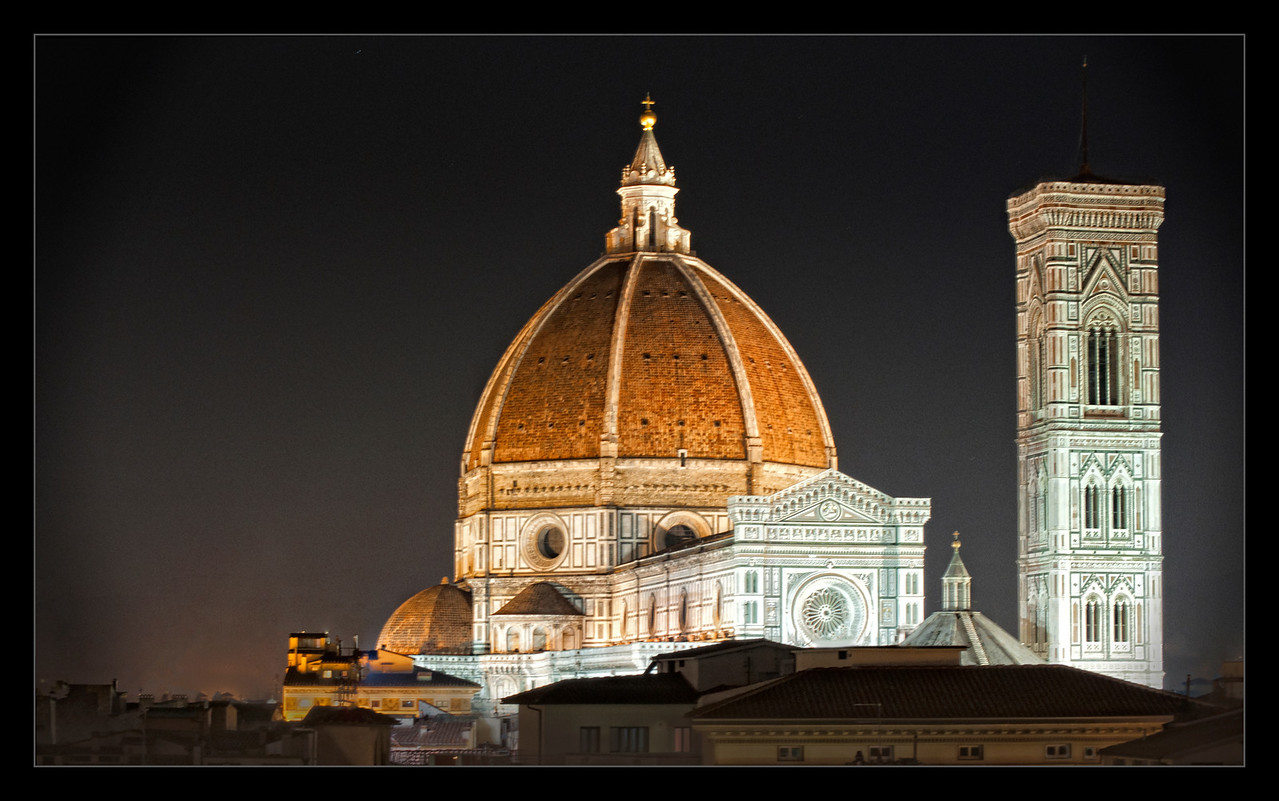 Il Duomo at Night (Firenze)