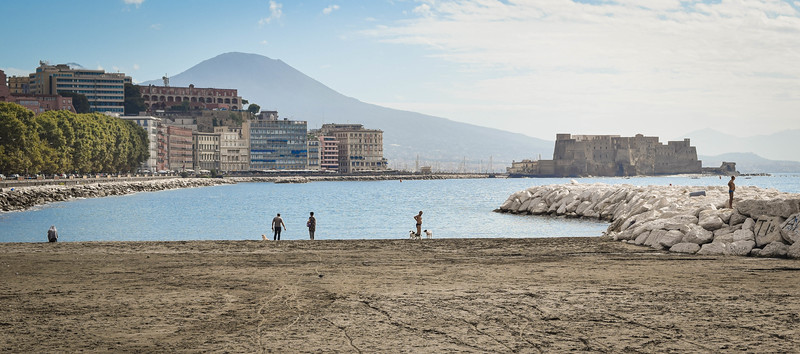 Naples: Mergellina, beach and Vesuvius