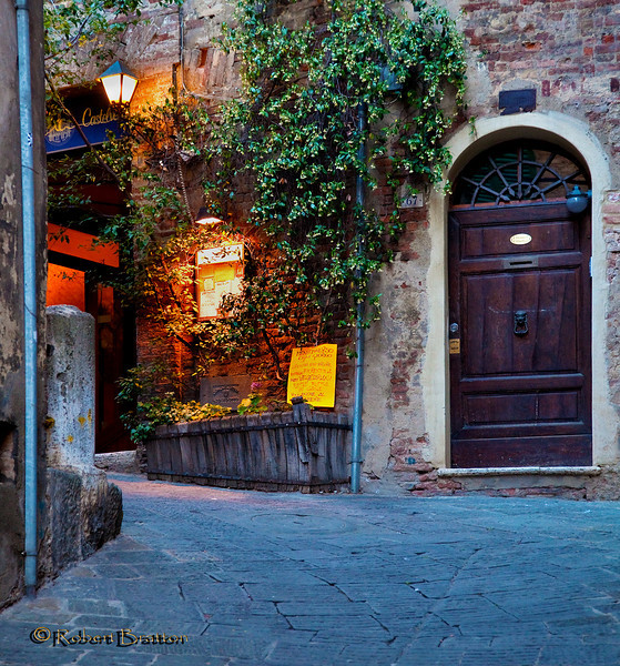 Deadend Street and Restaurant entrance in Siena