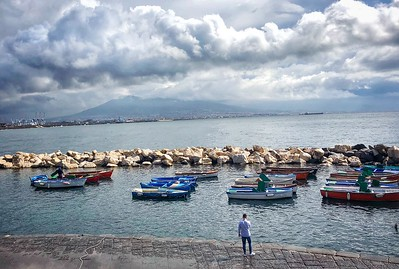 Naples: Santa Lucia, Lungomare
