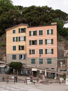 Alberge Pasquale, Monteroso al Mare, Cinque Terre