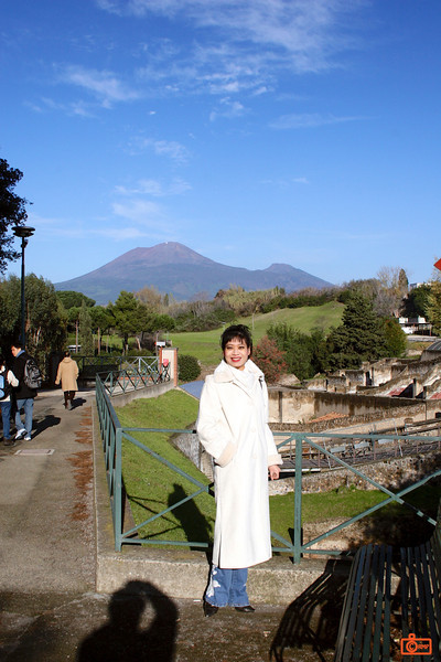 Pompeii with Mt Vesuvius in the background.<br /> IMG_1063.JPG