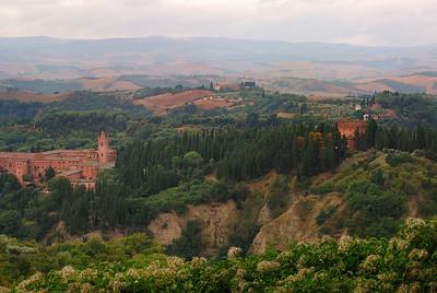 DSC_1098 Monte Oliveto Maggiore Valley View RS