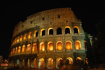 DSC_8090 Rome Colosseum at Night 09072009 RS