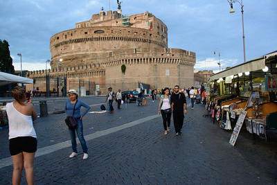 Castel Sant'Angelo and the street scenes in front