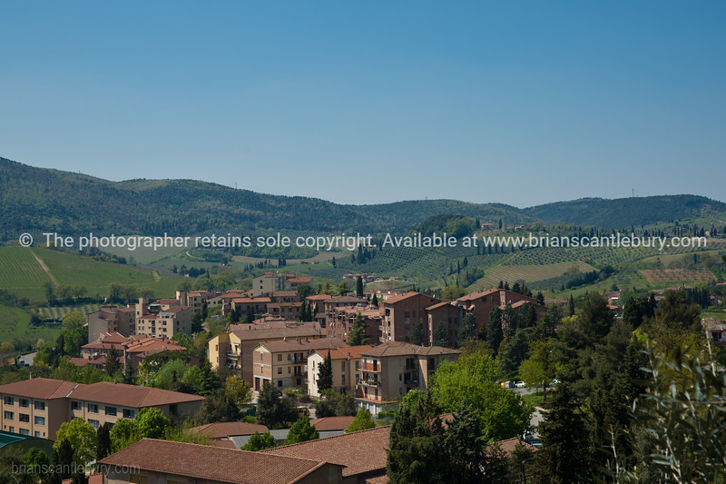 Small rural town, Abbadia. Italian images.