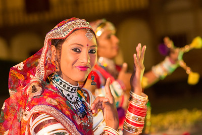 Portrait of Rajasthani Folk dancers, Jaisalmer, Rajasthan, India.