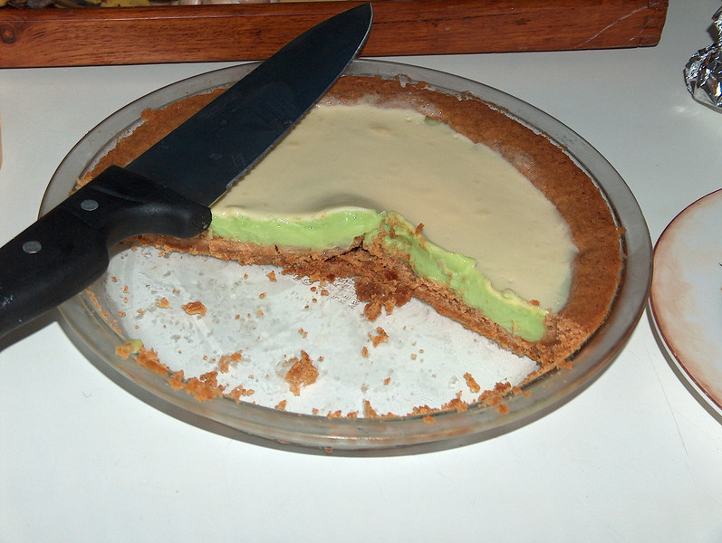 Our house staff left us a home-made Key Lime pie the first night.  WOW, was it good!