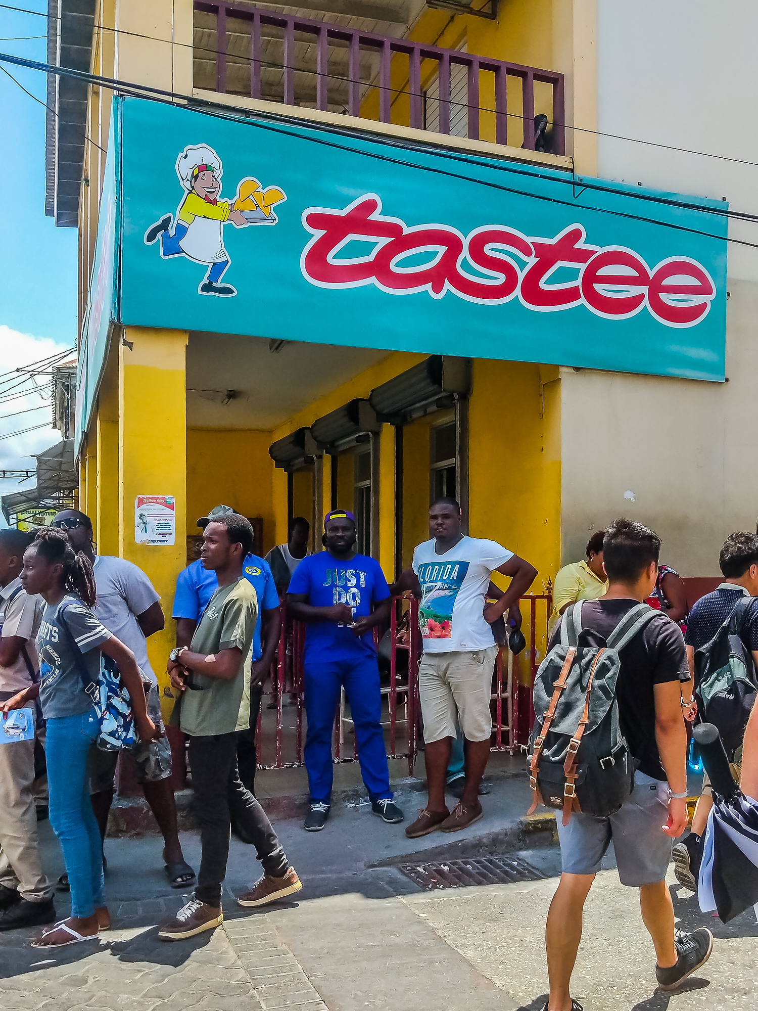 Wondering where to eat in Montego Bay? Check out this list of local picks including Tastee Patties, considered to have some of the best best patties in Jamaica.