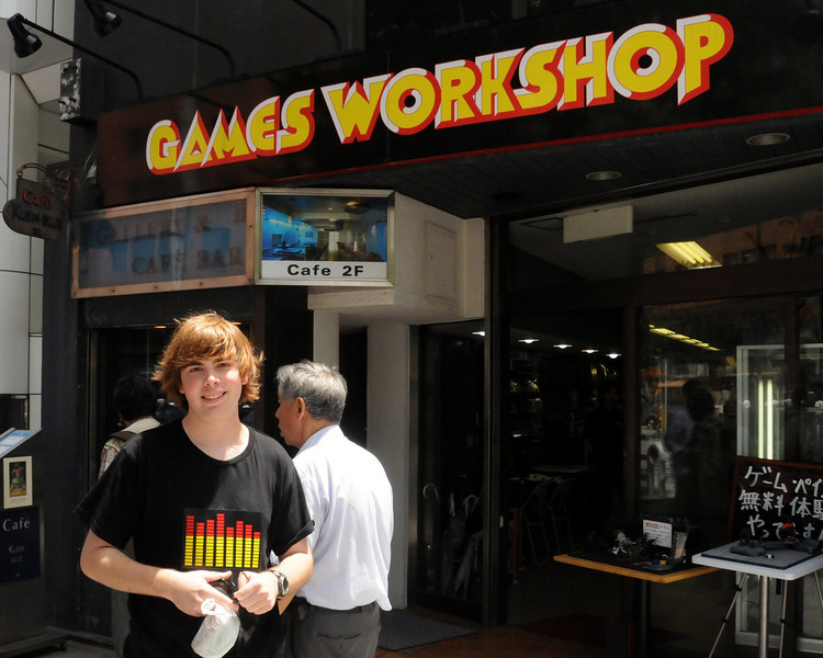 Mike at Games Workshop in Tokyo