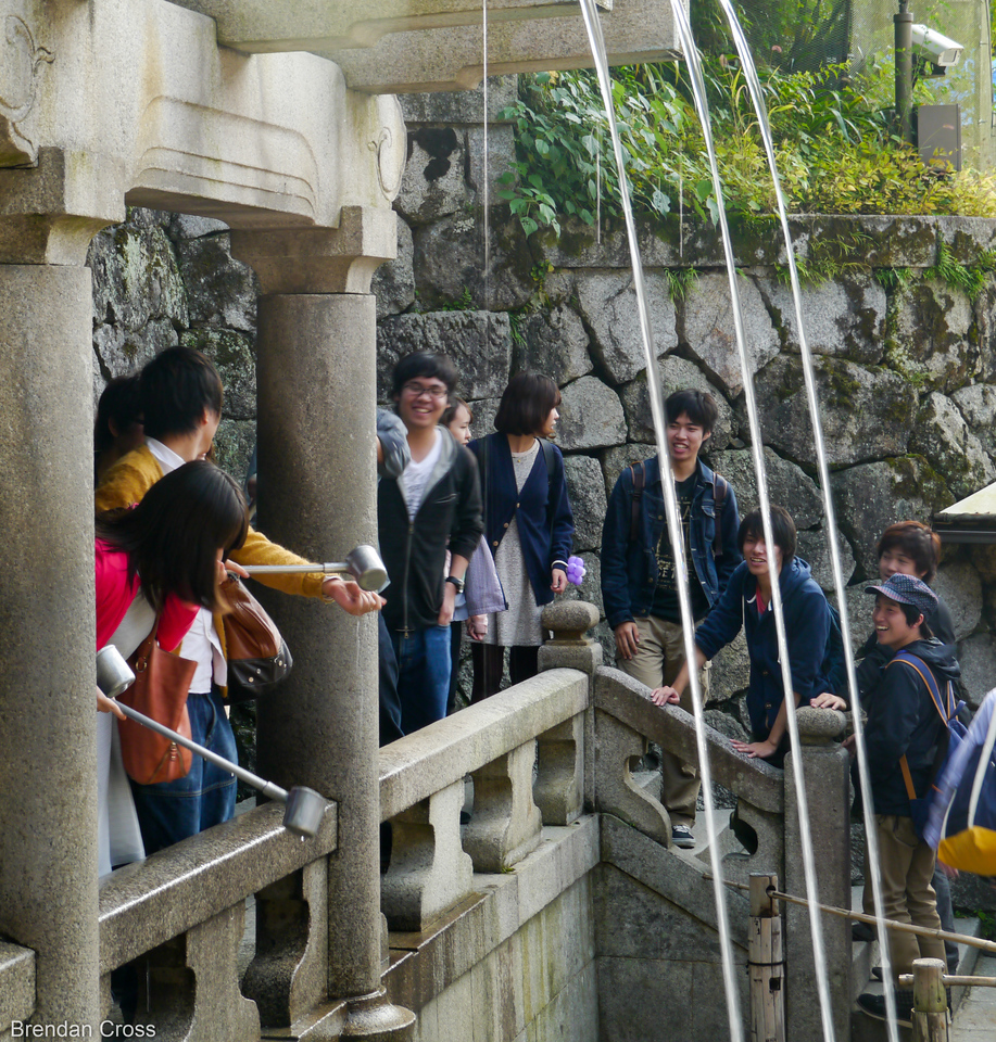 Sound of Feathers Waterfall, Kiyomizu-dera