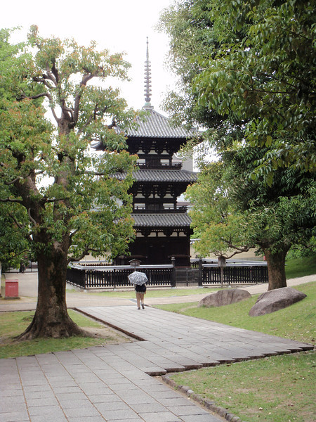 Day 3: Nara - Nara has a collection of 8 sites that are recognized collectively by the UN as a World Heritage Site. We didn't even attempt to see all of them. Just a select few, such as Kofuku Temple (Kōfuku-ji), a Buddhist temple complex. When Nara was the capital, Kofuku was the most important Buddhist temple in the country. This three-story pagoda was constructed after its importance began to decline, in 1185.