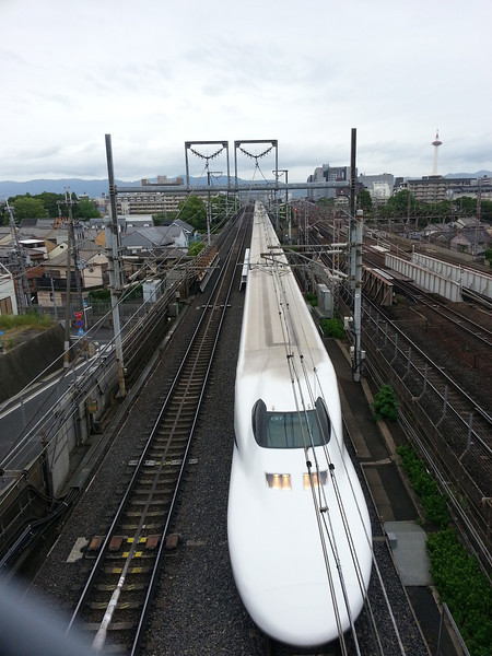 Day 3: Kyoto - here's that Shinkansen passing right below us. In less than 3 hours, it will arrive in Tokyo. The same trip takes 5 1/2 hours by car.