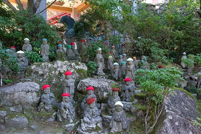 A few of the five hundred statues of Shaka Nyorai's disciples.
