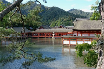 View from the entrance to the Toyokuni Shrine.