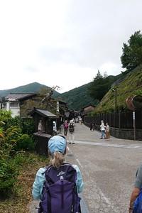 Entering Narai-juku from the Kiso-Fukushima side.