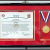L'hommage des américains pour son acte héroïsme et un résumé de l'histoire du Général Paik.