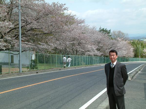 2003 04 03 Japan trip with Arlen