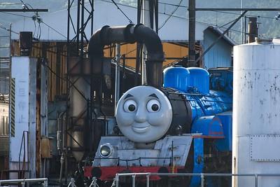 Oigawa Railway: Thomas getting ready for a busy day.