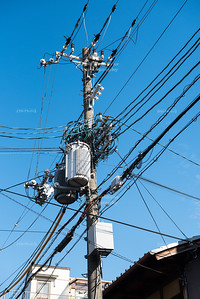 The Art of Distributing Electricity