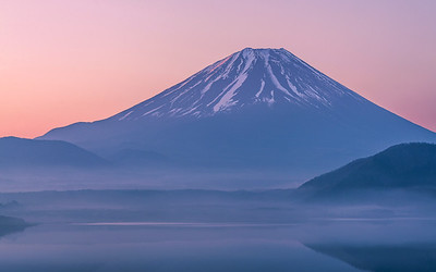 Morning Motosuko and Mt Fuji
