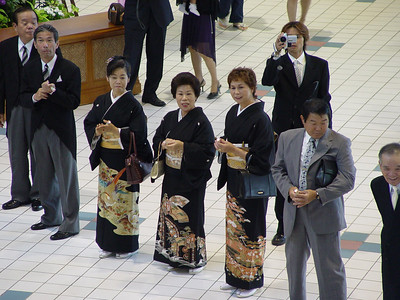 Meanwhile, in the hotel lobby, a wedding is underway. I liked these kimonos.  I wonder if I'm on someone's video?