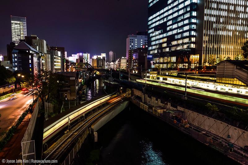 Tokyo Metro crossing Kandagawa River