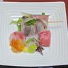 """En av många  liknande tallrikar som ingick i varje måltid på ett """"typiskt Japanskt"""" hotell i Hakone där man fick sova på golvet.<br /> Maten inte bara smakade bra - den var som konstverk!<br /> <br /> <br /> ."""