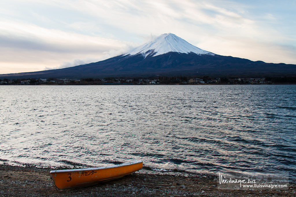 sunrise at kawaguchiko / 河口湖で日の出