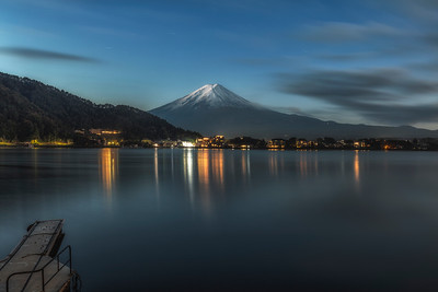 Fuji-san night